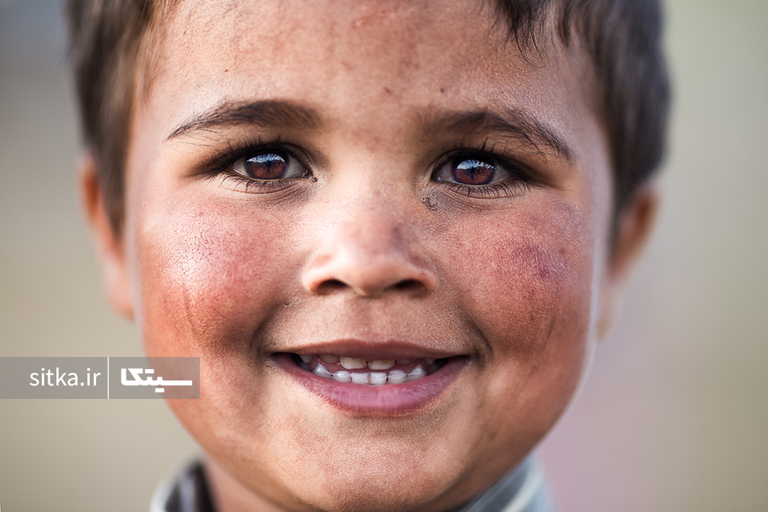 لبخند شیرین
