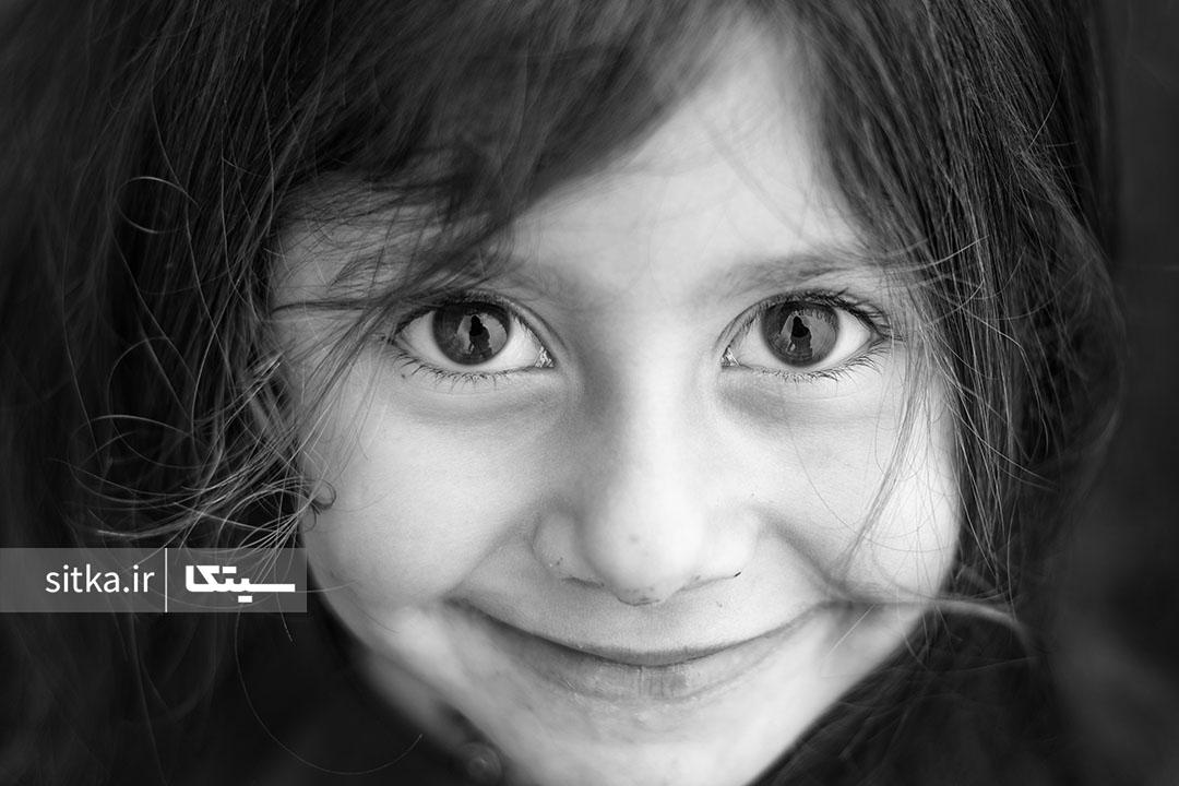 لبخند کودکانه